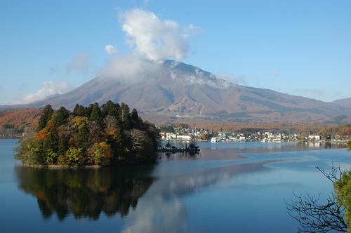 黒姫、野尻湖、弁天島