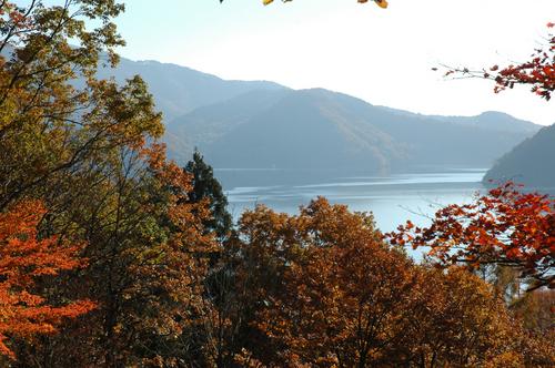 野尻湖と斑尾山